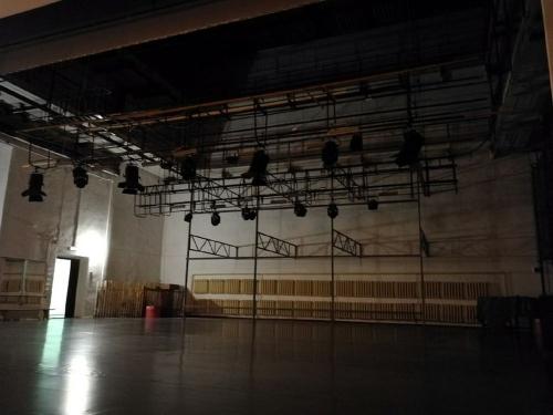 Иди и смотри. «Октябрьской» сцене в Пласте добавят зрелищности