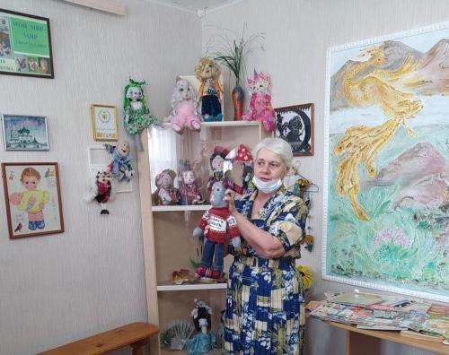 Кукла Маша, кукла Даша… Мастерица из Пласта приглашает всех в мир творчества